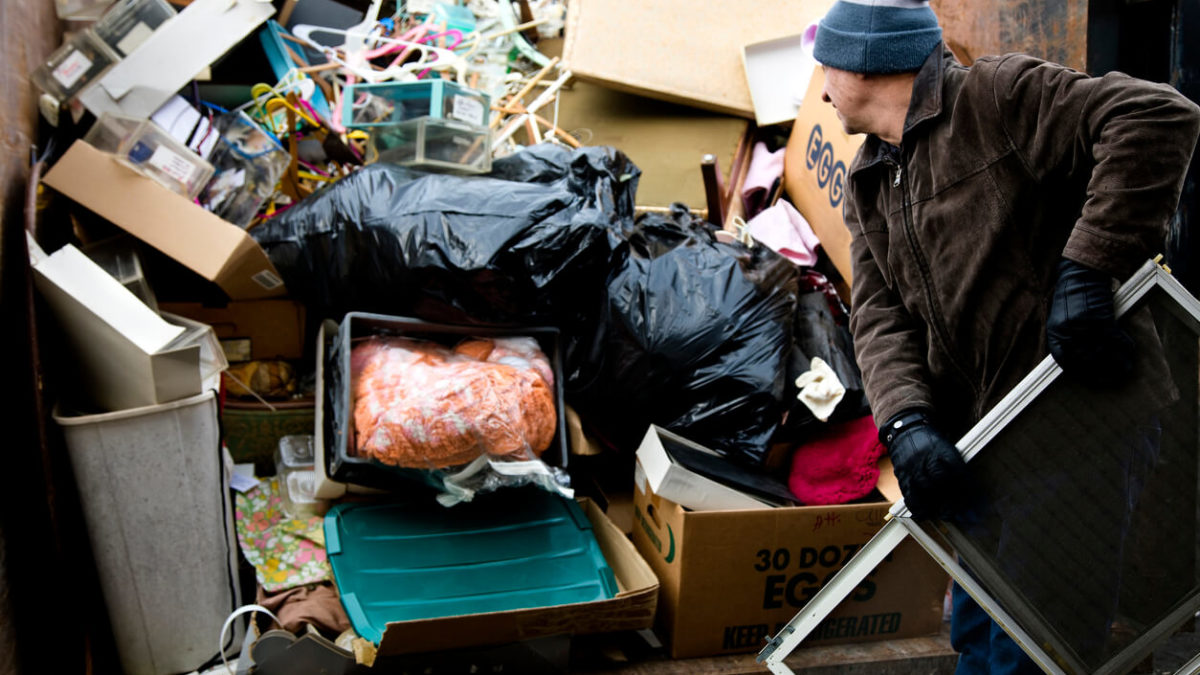 7 Ways to Remove Junk from the Home